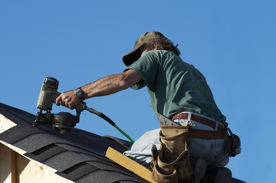 How To Tell It's Time For A New Roof