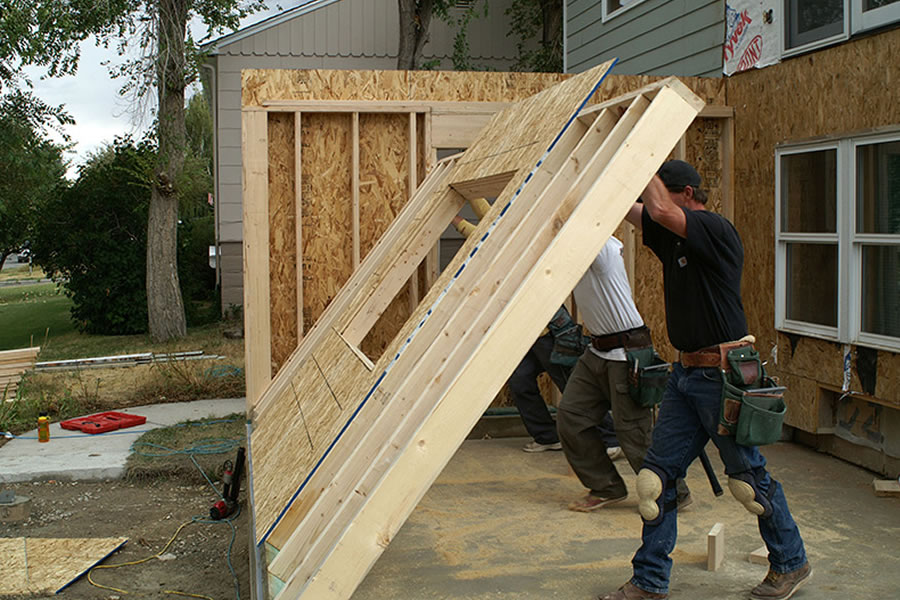 Best man cave in michigan 5 things every man cave in for Building a house in michigan