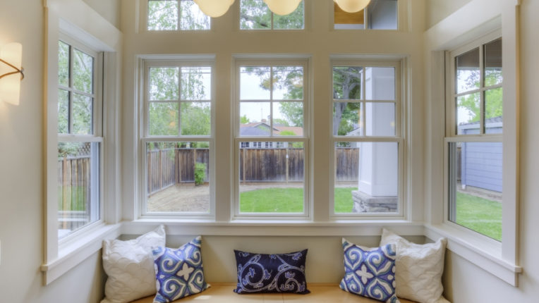 When to Replace Vinyl Windows in Downriver Michigan