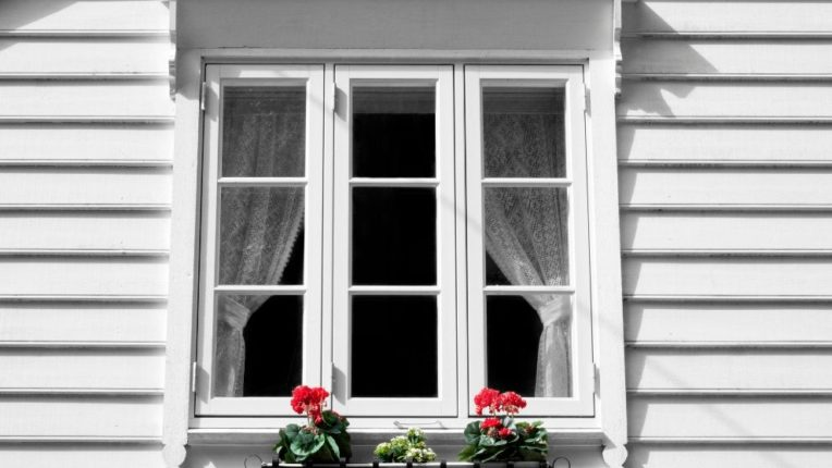 Why You Should Consider Casement Windows in Downriver Michigan For Your Home