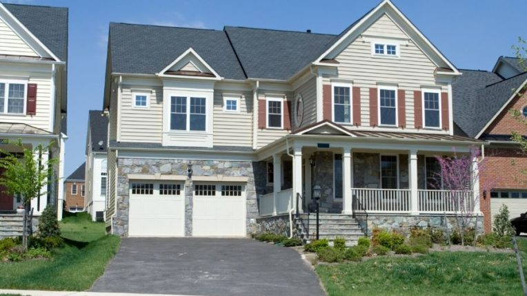 Tips to Choose the Best Color for Vinyl Siding in Trenton Michigan