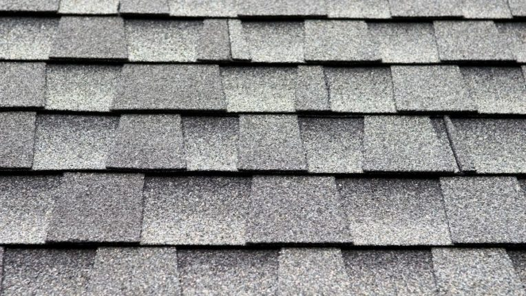 Four Things to Not Do When Planning For a New Roof in Dearborn Michigan