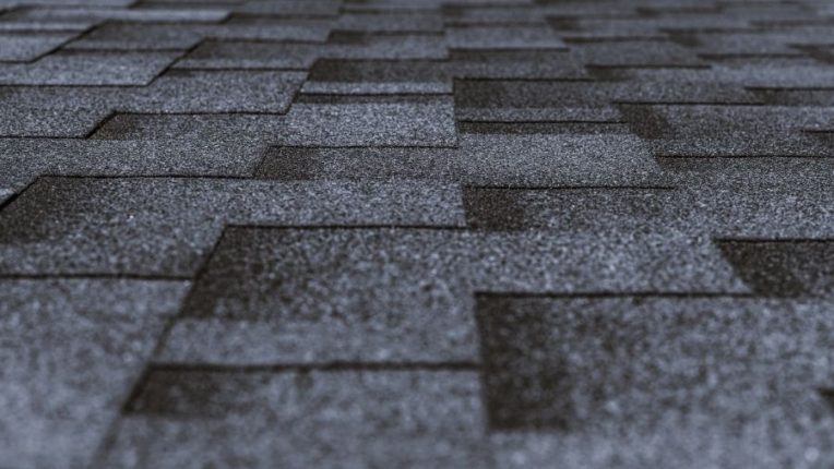 5 Reasons Why You Should Consider Getting Asphalt Shingles in Ypsilanti Michigan